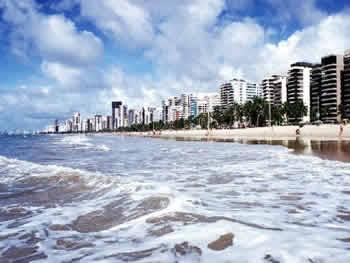 Praia de Boa Viagem em Recife, Pernambuco, Brasil