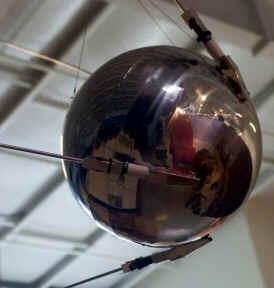 O Sputnik foi lançado em órbita em outubro de 1957